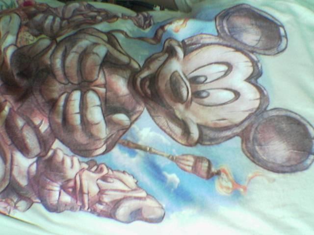 t-shirt-mickey.jpg